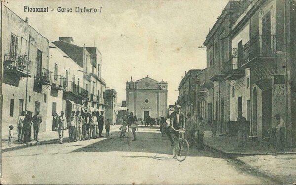 Ficarazzi: veduta della chiesa parrocchiale di S. Atanasio dal corso principale